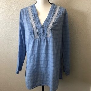 Gap VNeck Long Sleeve Embroidered Top Size Large